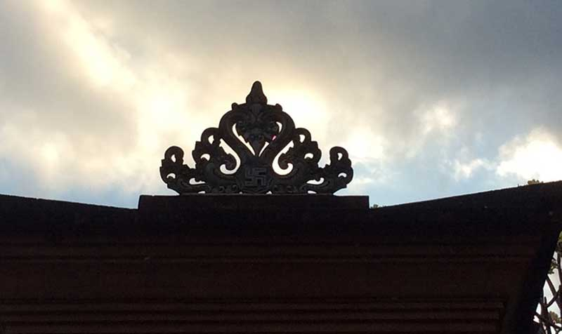 Ridge turret in Bali - to look up helps to find trust